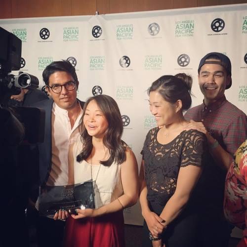 Félicitation à Jenna et l'équipe de Twinsters qui remportent le prix du meilleur documentaire au Asian Pacific Film Festival de LA :)