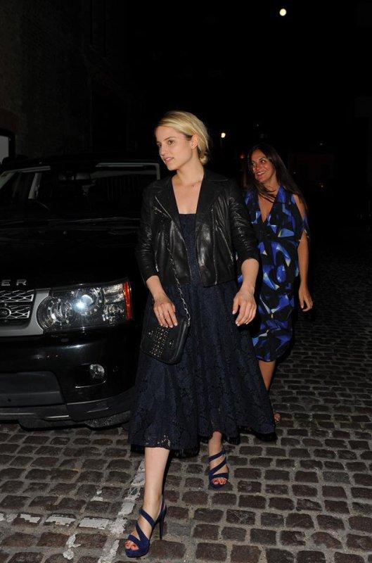 Dianna quittant le Chiltern Firehouse à Londres le 1er Juillet.:)