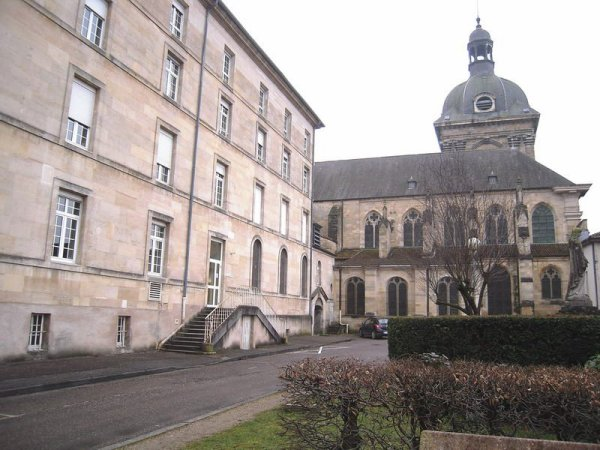 Ma vie commence en mai 1956 à Vaubecourt.