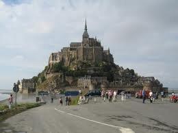 projet d un weekend de 4 jours a sainte mère l église en Normandie le 2 le 3 le4 et le 5 juin 2011
