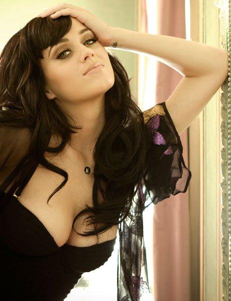 Katy Hudson (2000-2007)