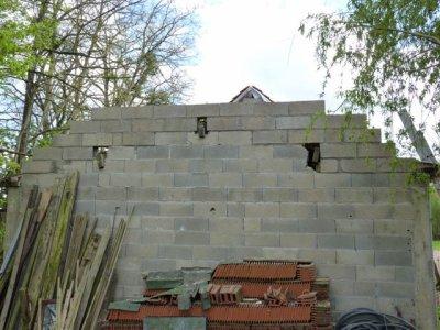 il faute rehausser le pignon pour refaire une toiture traditionnelle la pelouse. Black Bedroom Furniture Sets. Home Design Ideas