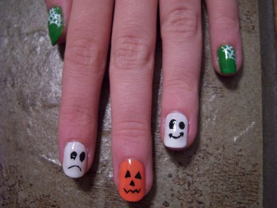 Nail Art For Halloween !
