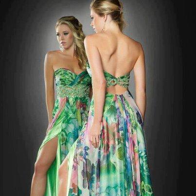Woh ! Combien de j'aime pour la robe ? ♥