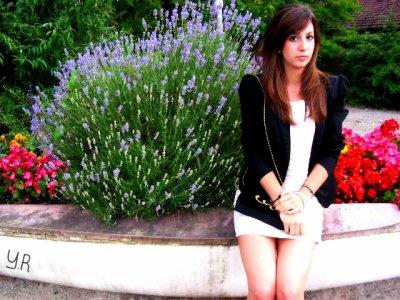 ✿ Lara . 18 ans . Amoureuse <3.