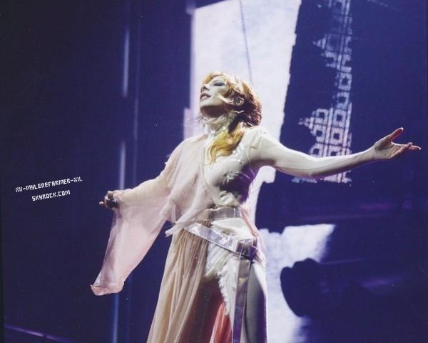 Bande Annonce du film du concert Timeless 2013