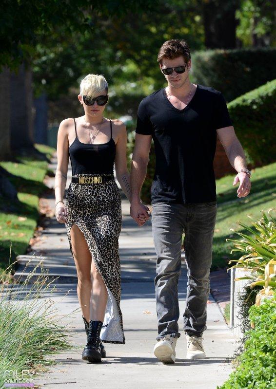 Réponse de Miley à Wedding Bells & Reaction de Nick à la réponse de Miley.