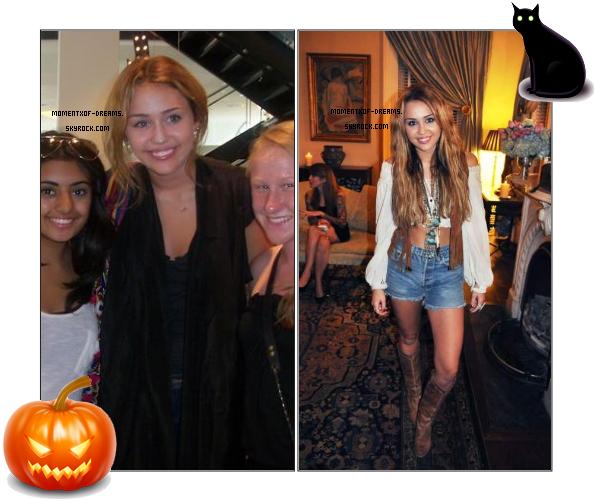 . Miley posant avec des fans. . 14.10.2010. Miley à la fête privée organisée par Marc Jacobs pour Robert Duffy  .Ton avis ?