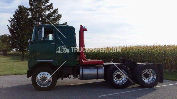 1965 MACK F700 (truckpaper.com)
