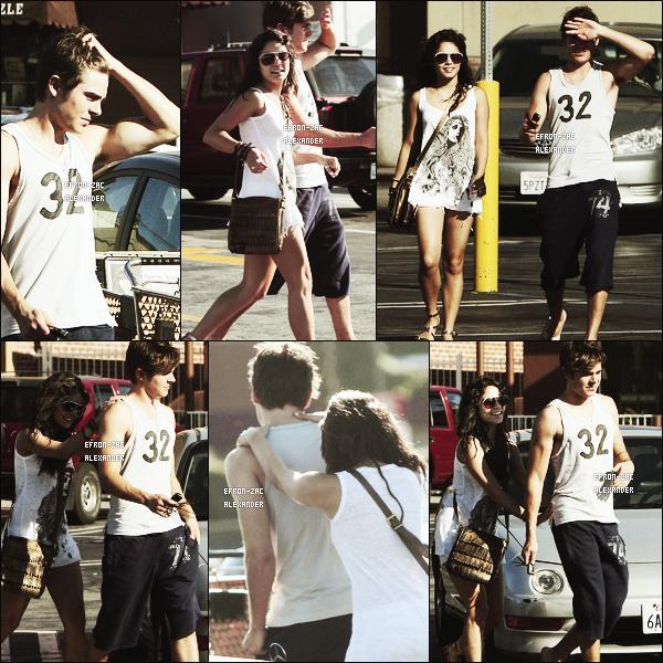 Le 04 Juillet  2009  :  Zac  et Vanessa Hudgens ont été vu se rendant au restaurant PANERA BREAD dans Los angeles