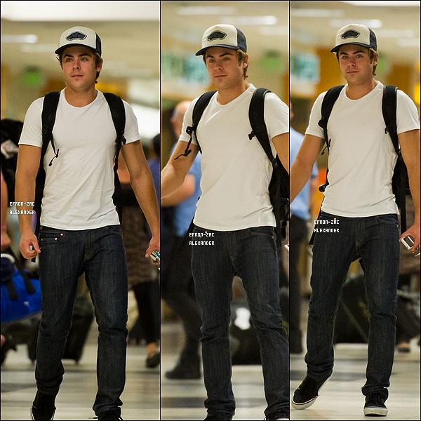 ____Candids   Le 16 Septembre 2011  : Enfin des news !! . Zac a été vu arrivant à l'aéroport de Lax à Los angeles . Top ou flop ?