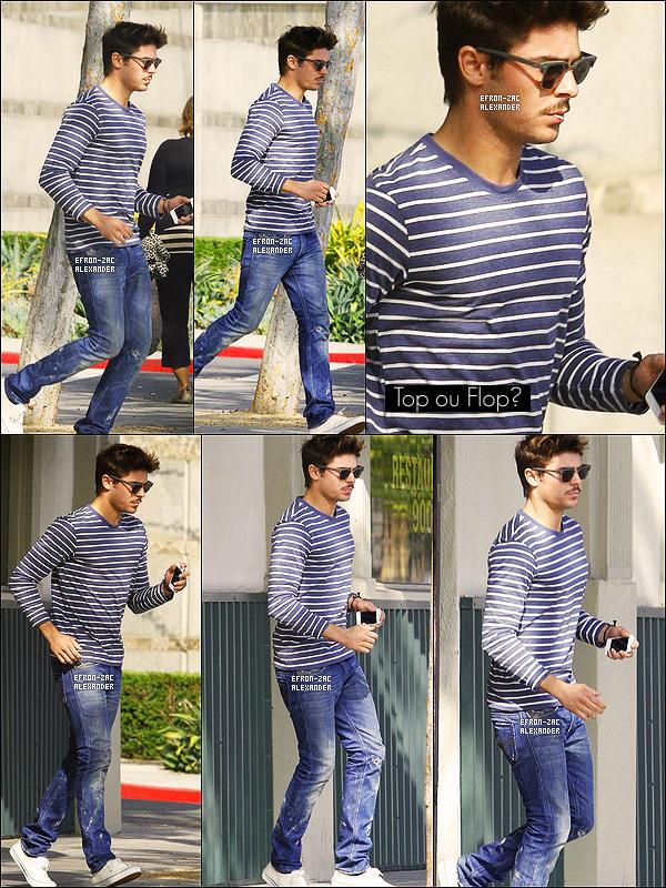 """____Candids   01er Novembre  2011 : Zac """" Monsieur moustache """"  a été vu quittant le Palm restaurant dans Beverly Hills.Calif"""