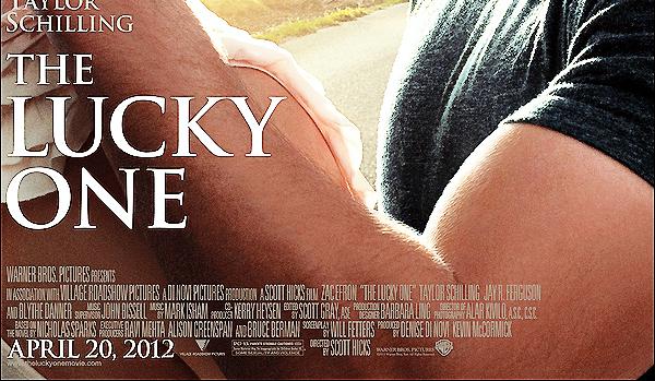 28/11/2011 : Zac Efron a été vu a l'aéroport de Lax  à  Los Angeles . il commence la promo de son film .  Découvrez ,un extrait de The Lucky One  ainsi que l'affiche.Donnez moi votre avis . Perso, j'adore hate que la promo commence