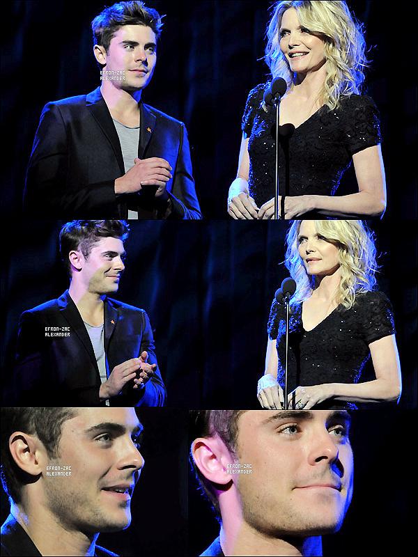 04/12/2011 : Zac Efron  était présent avec sa co-star dans The New Year's Eve  au  The Trevor Project's.
