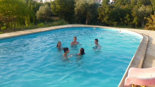 Penela, son maire, sa piscine...