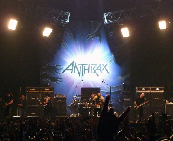 † Anthrax † Live Antisocial - Heavy T.O 2011 [Pro-shot HD] †