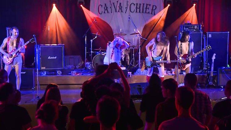 AC/DC-riff raff-tribute band CA VA CHIER ( Pour Mon Ami Phil)