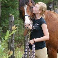 Le vrai bonheur c'est de la regarder dans les yeux et de lui dire «Je t'aime». ♥ (2011)