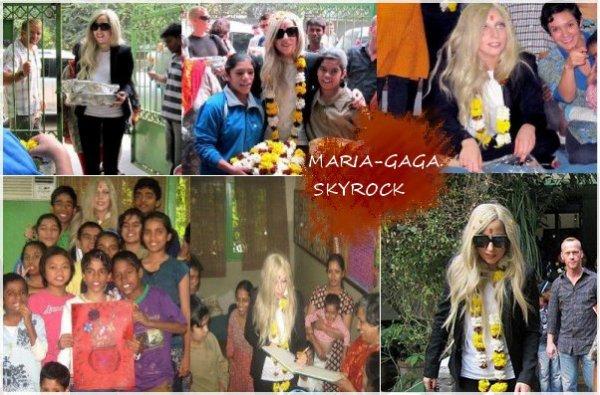 """Lady Gaga à l'orphelinat de la fondation """"NAZ"""" en Inde."""