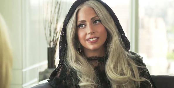 Lady Gaga dans le nouveau TALK-SHOW 'THE CONVERSATION'