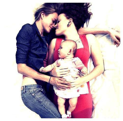 Le rêve de chaque lesbienne.. <3