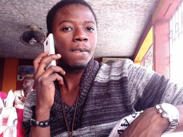 Laisse Moi Ton Num Je t'appel !!!