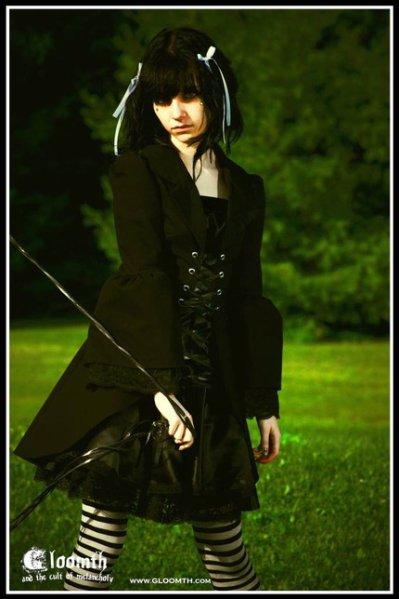 The Elegant Gothic Lolita (EGL) : MODE