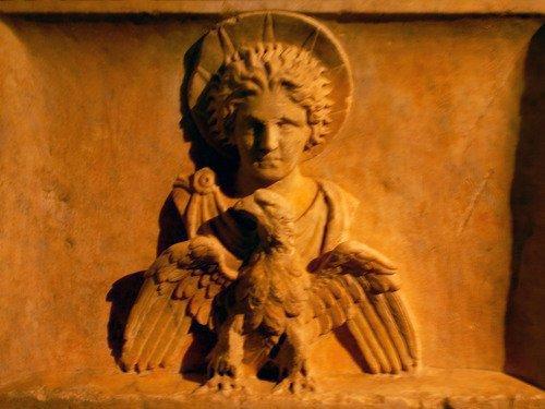 18 novembre 2017, à Rome: Sacrifice en l'honneur de SOL INVICTUS établi par l'empereur Licinius (307-324) et fête d'Apollon néoménios (Nouvelle Lune: début du mois grec)