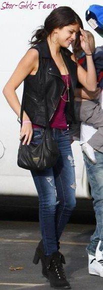 Habille toi comme Selena Gomez