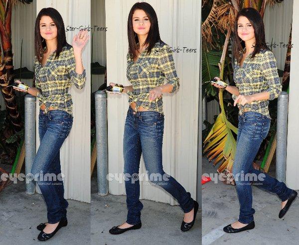 Habille toi comme Selena Gomez 2