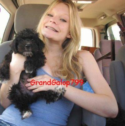 Lauren (Stephanie) et son chien ^^