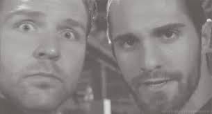 gif the shield (dean ambrose et set rollins) dialogue drole
