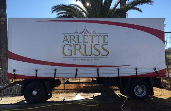 Grand reportage sur le cirque Arlette Gruss, Partie 3 : Quelques convois !