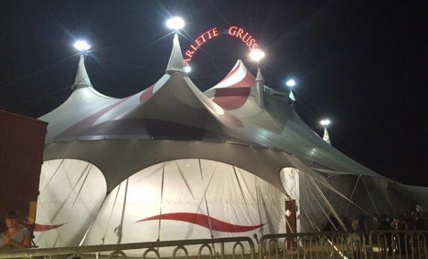 Grand reportage sur le cirque Arlette Gruss, Partie 6 : Vues de nuit !