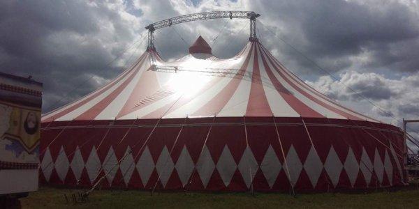 Reportage cirque Universal, 2 !!