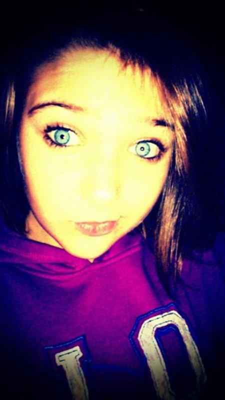 Moi juste la couleur autour de moi et si j ai les  yeux bleu comme ça c'est grace