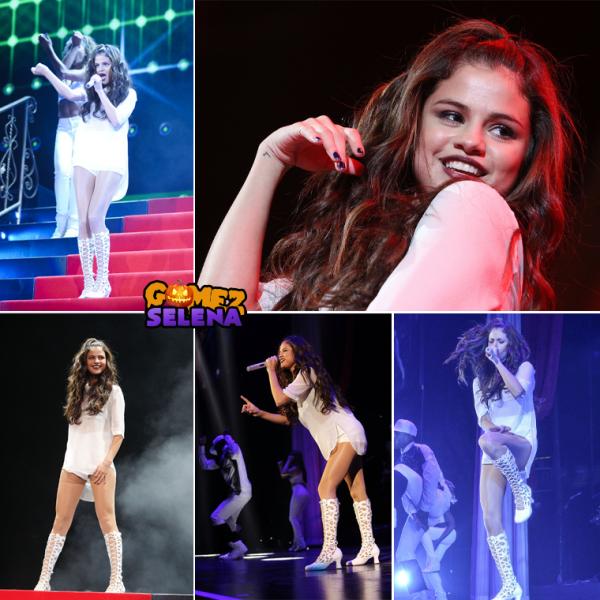 Selena avait fait une pause dans sa tournée et elle l'a repris donc c'est un flashback :)