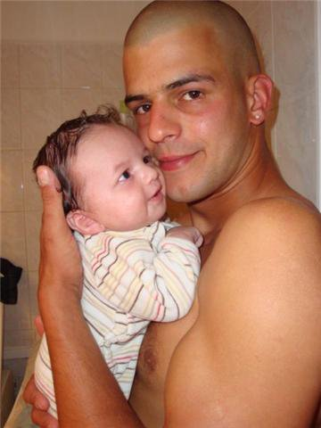 voici jeremie et son fils enzo