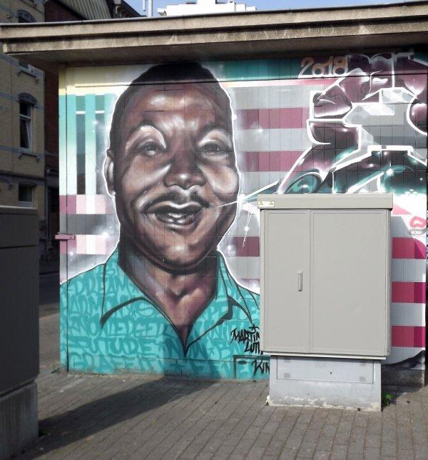 Nelson Mandela - Martin Luther King.