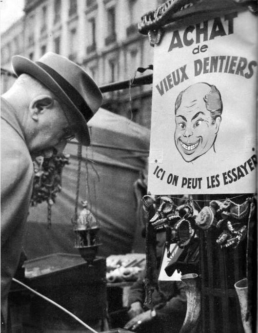 A Paris en 1950.