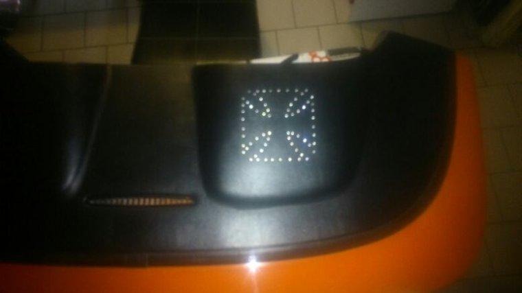 Petite transformation du couvre capote reste encore pas mal de LED a souder pour faire l autre coter