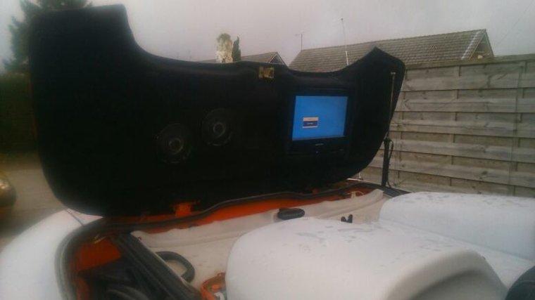 Installation sur la voiture pour un aperçu