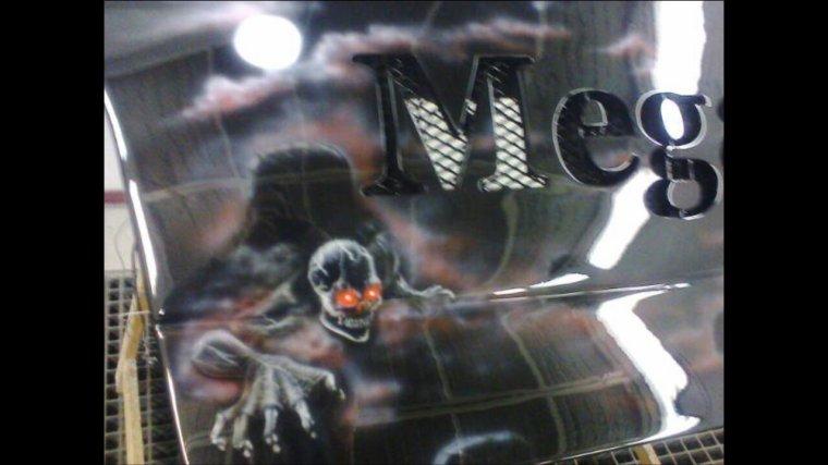 Aero fait sur le coffre par amelie aero design sur Facebook