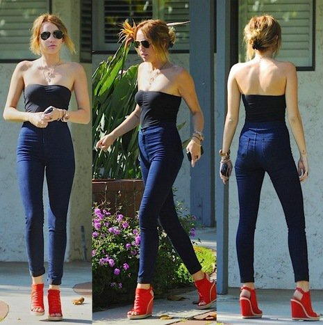 MILEY CYRUS IN AMERICAN APPAREL JEANS