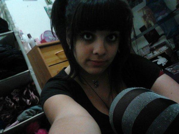 On ma demander des nouvelles photo de moi alor vous aller etre servit :)