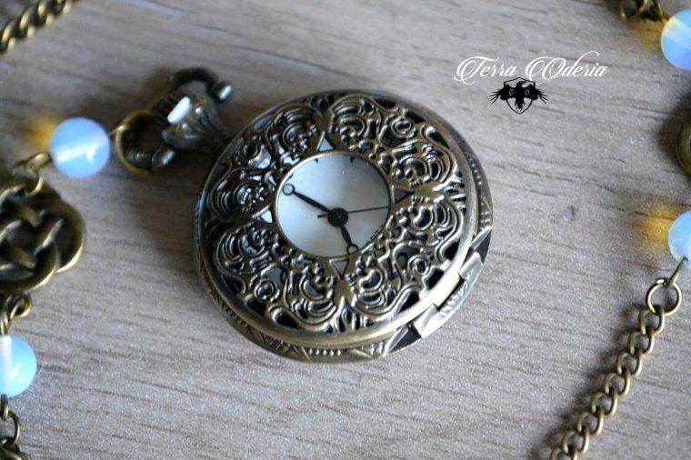 Steampunk Lady montre à gousset
