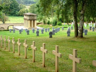photos du cimetière franco allemand 14/18 de Musson/Baranzy