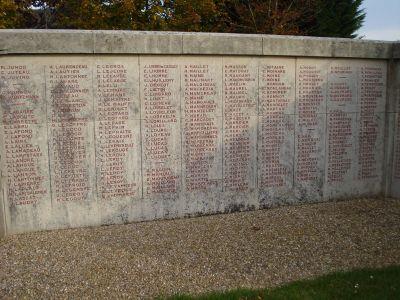 cimetière de Gorcy (France) et non loin du champ de bataille de Baranzy