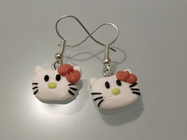 hello kitty n2