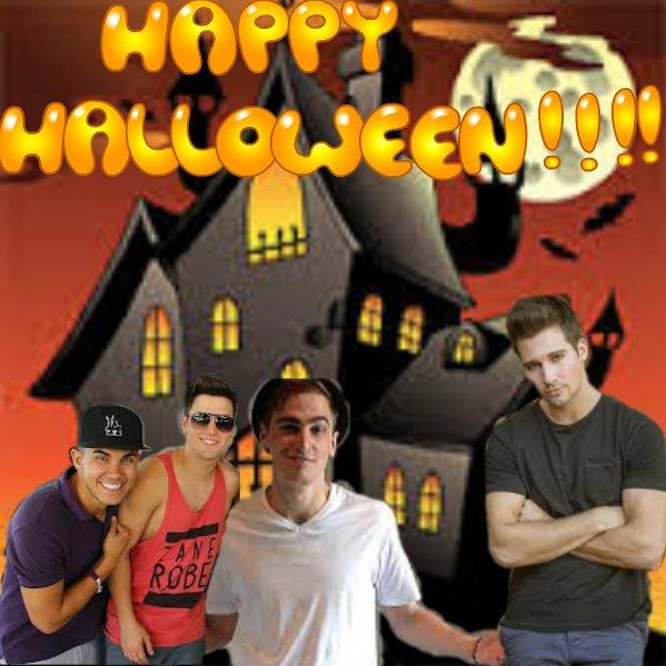 Happy Halloween everyone !!!!!!!!!!!!!